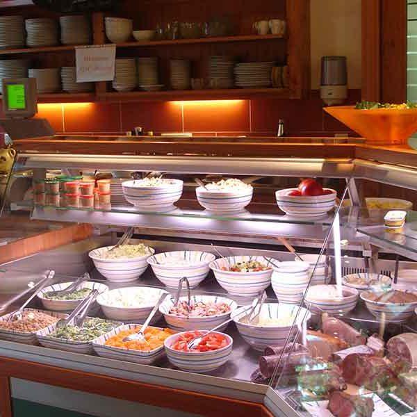 Buffet - Salate und Aufstriche